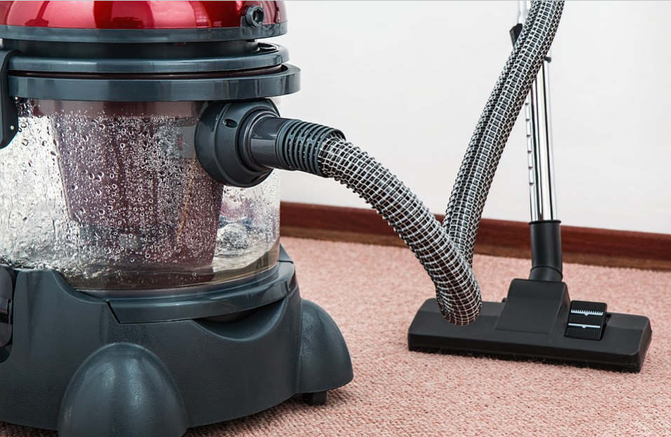 The Advantages of Handheld Vacuum Cleaners